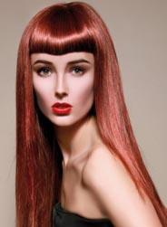 Блондинкам в 2012 году рекомендуется оживить свои волосы розовым, пепельным, серебристым, фиолетовым или